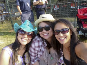 Live at Squamish with Bee and Lisa