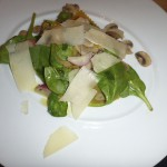 Warm spinach and mushroom salad